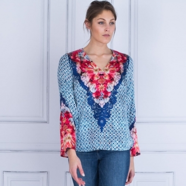 Dolce V Neck Flared Sleeve Poppy Print Silk Blouse In Blue & Red