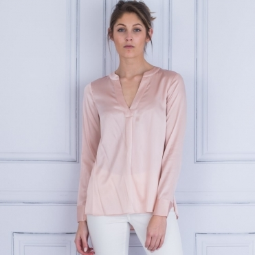 Santena Silk V Neck Blouse In Peach