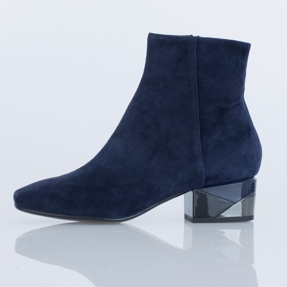41e799b66f17 Lola Cruz 012T30BK Orion Suede Colour Block Low Heel Ankle Boot In Navy