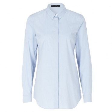 Loose Bodied Stretch Shirt in Light Blue