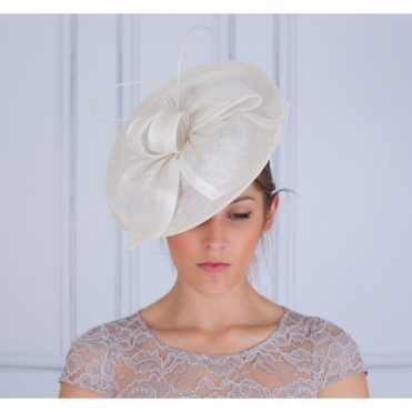 Disc Fascinator With Bow In Ivory