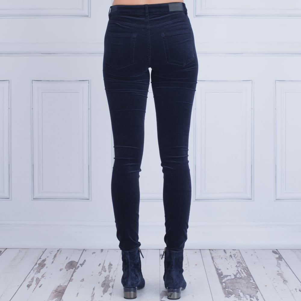 Word Toll Accepted  Marc Cain Velvet Jean In Navy