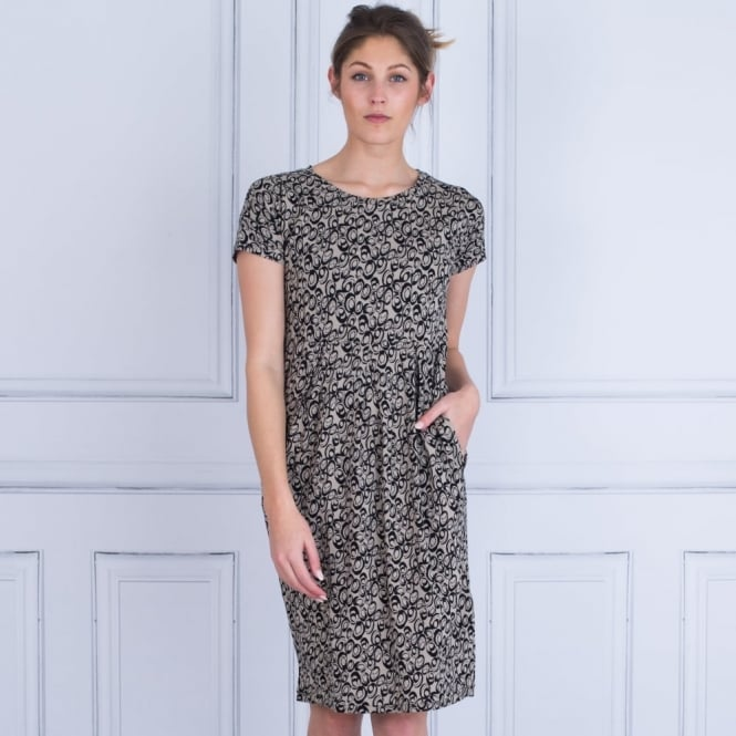 MASAI Naoki Jersey Circle Print Short Sleeve Dress In Taupe & Black