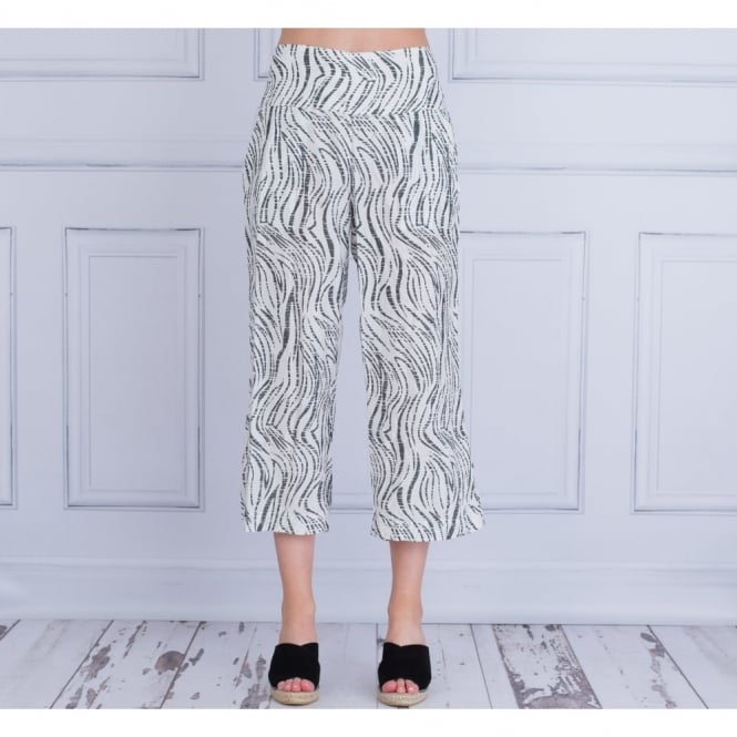 MASAI Pas Loose Fit Broken Stripe Trouser In White & Grey