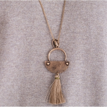 Long Chain Necklace With Tassel And Semi Circle In Bronze